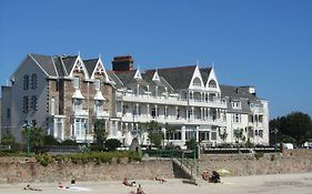 Ommaroo Hotel Jersey Reviews