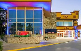 Clarion Inn & Suites University Center Auburn Al 2*