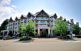 Summit Lodge And Spa Whistler