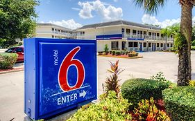Motel 6 Bradenton Florida