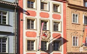 Red Lion Hotel Prague