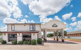 Days Inn College Station Tx
