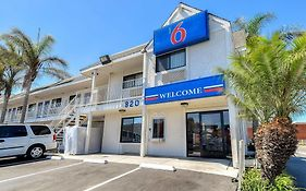 Motel 6 Los Angeles Harbor City