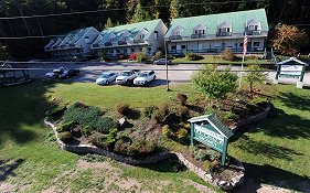 Attitash Marketplace Motel Bartlett Nh