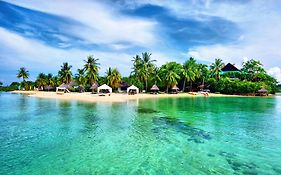 Badian Island Resort