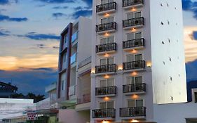Golden Time Hotel 3*