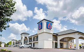 Motel 6 White House Tennessee