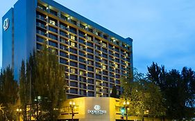 Double Tree Hotel Lloyd Center Portland
