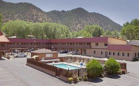 Cedar Lodge Motel Glenwood Springs Co