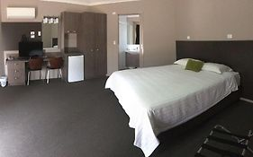 Bluestone Motor Inn Tennant Creek