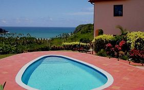 Fond Bay Suites And Villa Mon Repos