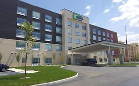Holiday Inn Express And Suites Toledo West