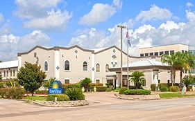 Days Inn And Suites Webster Nasa Clear Lake Houston 3*