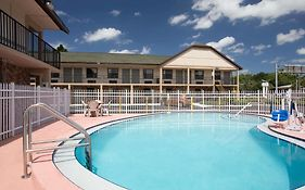 Super 8 Motel Tampa