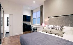 Valet Apartments Golden Square London