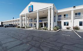 Motel 6 Martinsburg West Virginia 2*