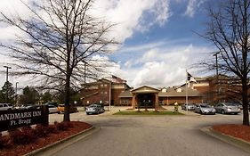 Landmark Inn Fort Bragg Nc