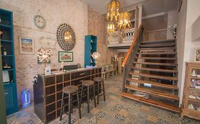 Si Phum Heritage Boutique Bed & Breakfast