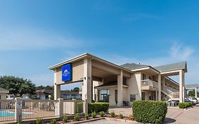 Baymont Inn And Suites Fort Worth