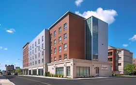 Hampton Inn And Suites Worcester Ma
