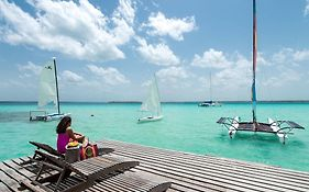 Cabanas Hostal & Camping Magic Bacalar