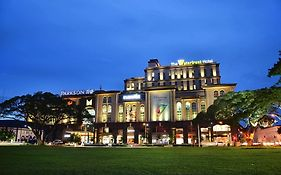 Waterfront Hotel Kuching