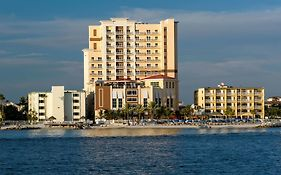 Hampton Inn And Suites Clearwater Beach
