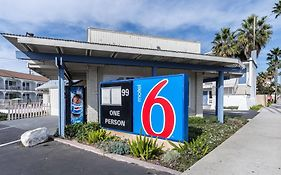 Motel 6 Oceanside Marina