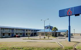 Motel 6 Jennings La