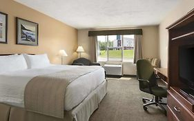 Days Inn Suites Moncton