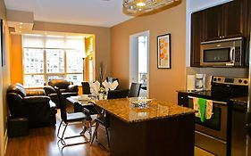 Red Maple Suites Mississauga