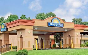 Days Inn Durham Near Duke University