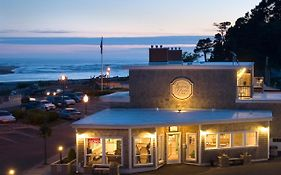 Looking Glass Inn Lincoln City Oregon