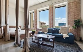 Apartments in Downtown Dallas Texas