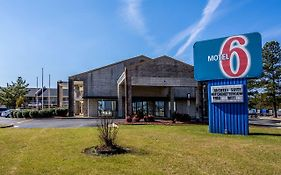 Motel 6 Kenly Nc