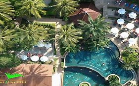 Karona Resort & Spa 4 *