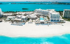 Grand Caribe Resort Cancun