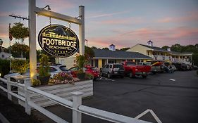 Footbridge Motel