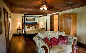 Bed And Breakfast On White Rock Creek Waco  United States