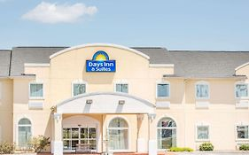 Days Inn Swainsboro