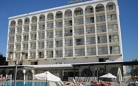 Golden Arches Hotel in Limassol