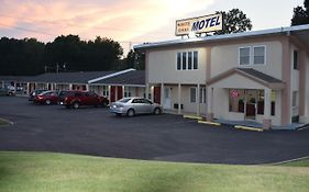 White Oaks Motel