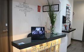 Hostal Abril Madrid