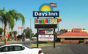 Days Inn Bakerfield