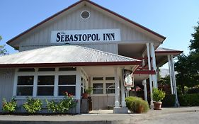 Sebastopol Inn Reviews