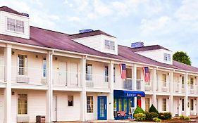 Baymont Inn And Suites Tullahoma