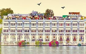 Lake Pichola Hotel photos Exterior