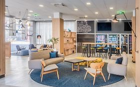 Hotel Tryp Madrid Airport Suites