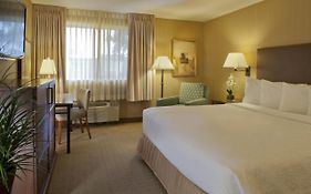Silver Cloud Inns Bellevue