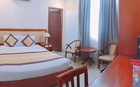 Nhat Thanh Hotel 3 ***